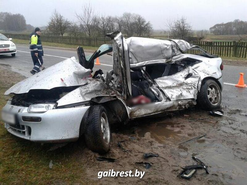 В Брестской области столкнулись МАЗ и Mazda