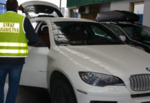 На польской границе у граждан Беларуси изъяли BMW X6