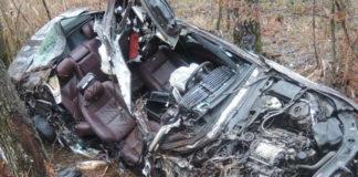 В Гомельской области Mercedes вылетел в кювет: погибли три человека