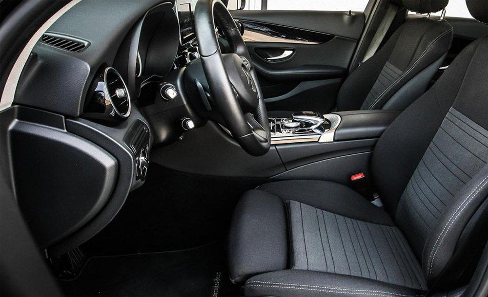салон Mercedes-Benz С-класса