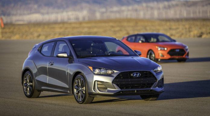 Hyundai представил на Детройтском автосалоне второе поколения модели Veloster