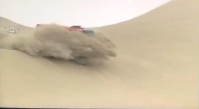 Спортивный МАЗ сорвался с пятиметровой дюны
