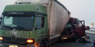 В Витебской области столкнулись микроавтобус и автопоезд