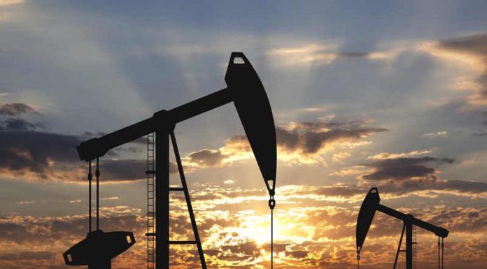 Франция свернет нефтедобычу в угоду экологии