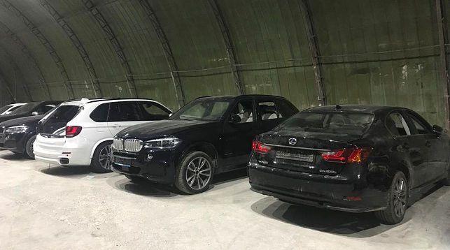Таможенники пресекли незаконное перемещение шести люксовых авто