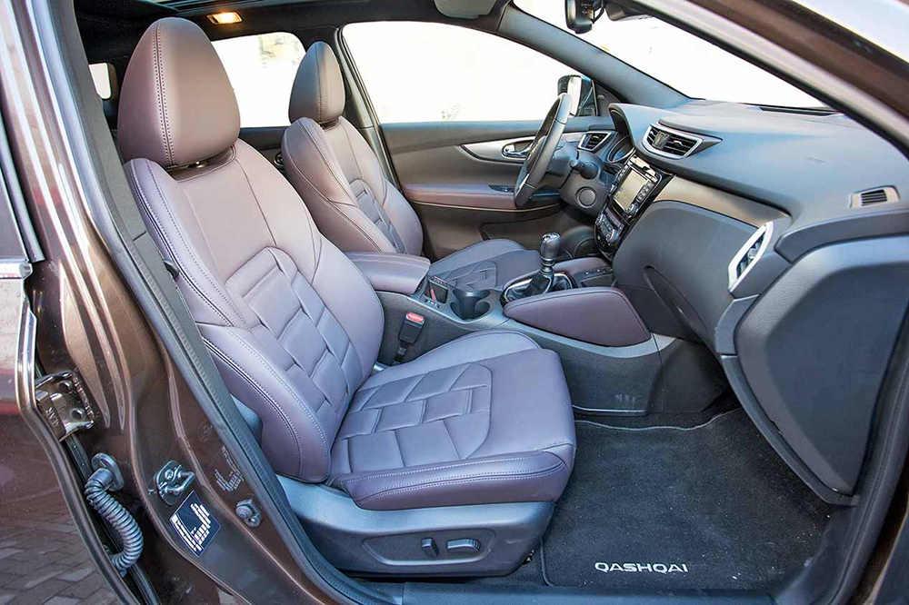 Передние кресла Nissan Qashqai