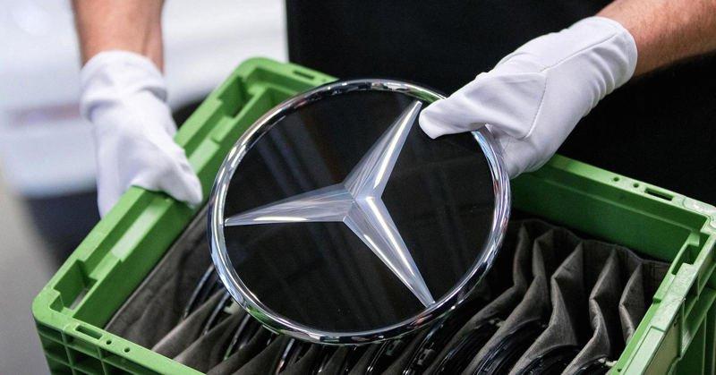 Geely купил часть Mercedes-Benz