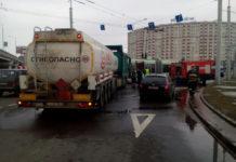 В Минске столкнулись бензовоз и Шкода