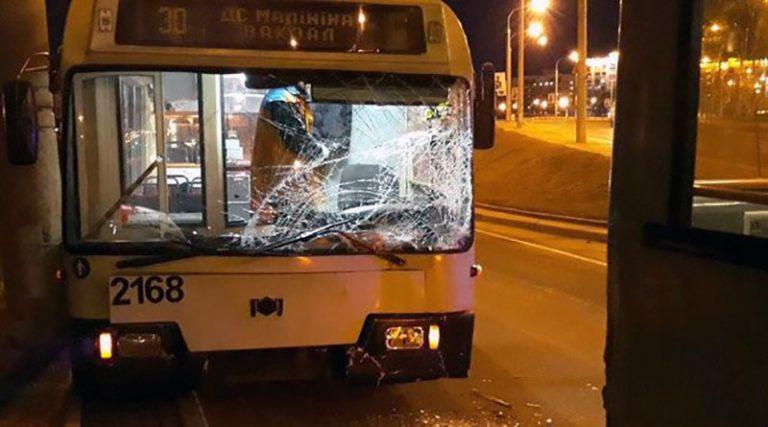 В Минске столкнулись два троллейбуса