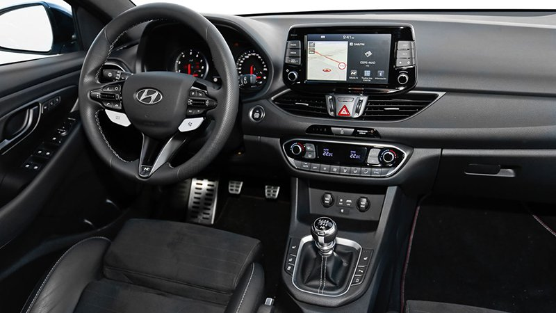 Сравнительный тест автомобилейHyundai i30 N и Peugeot 308 GTi