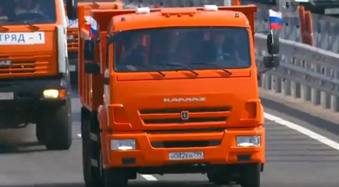 Путин на КАМАЗе открыл мост через Керченский пролив