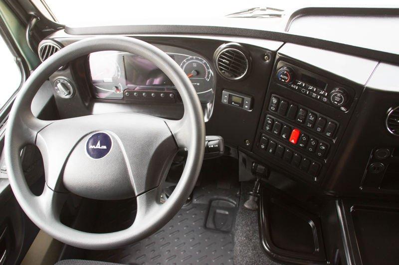 МАЗ выпустил первый серийный грузовик класса Евро-6
