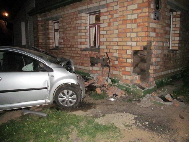 В Червенском районе бесправник на Citroen погиб в ДТП