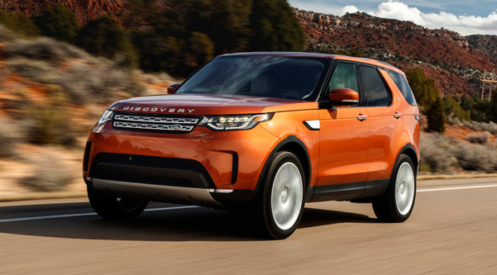 Land Rover Discovery покидает Туманный Альбион