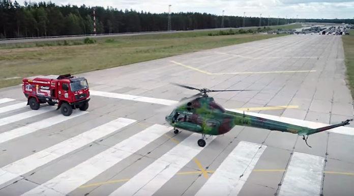 Вертолет Ми-2 и дакаровский МАЗ провели эпичную гонку