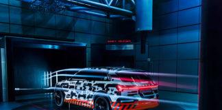 Электрокар Audi e-tron