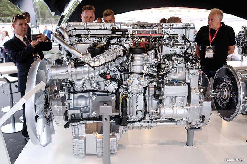 Mercedes доверил МАЗу обслуживать свои двигатели в Минске