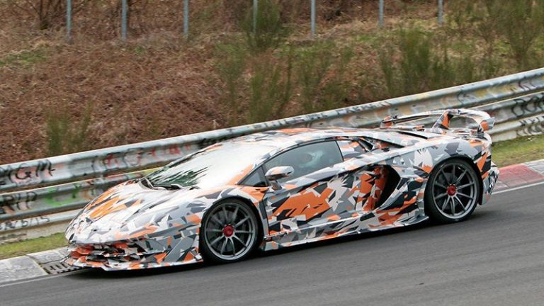 Lamborghini Aventador — новый король Нюрбургринга