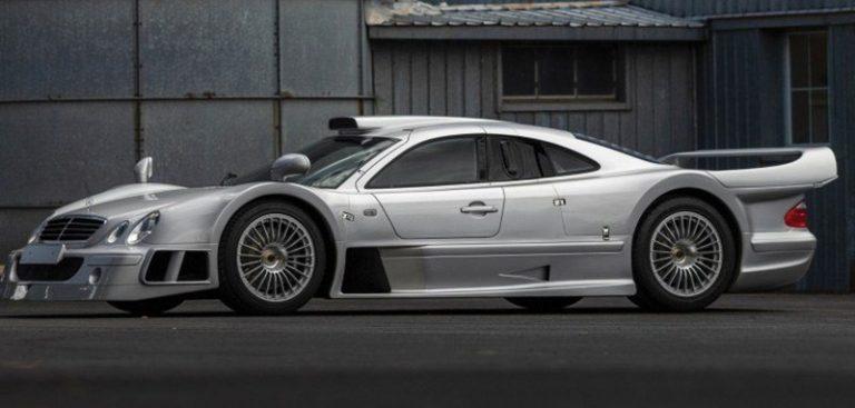 На продажу выставлен дорожный спортпрототип Mercedes-Benz AMG CLK GTR