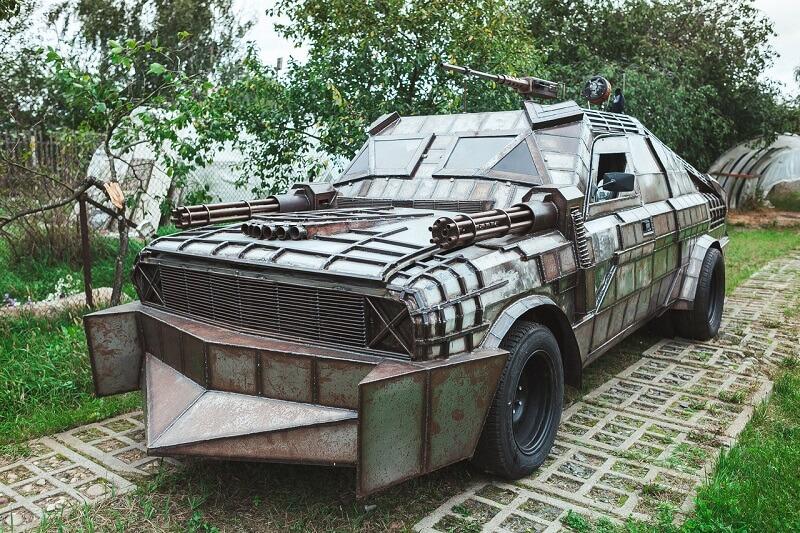 "Проект ""MAD MARK"" изготовлен на базе ГАЗ 24"