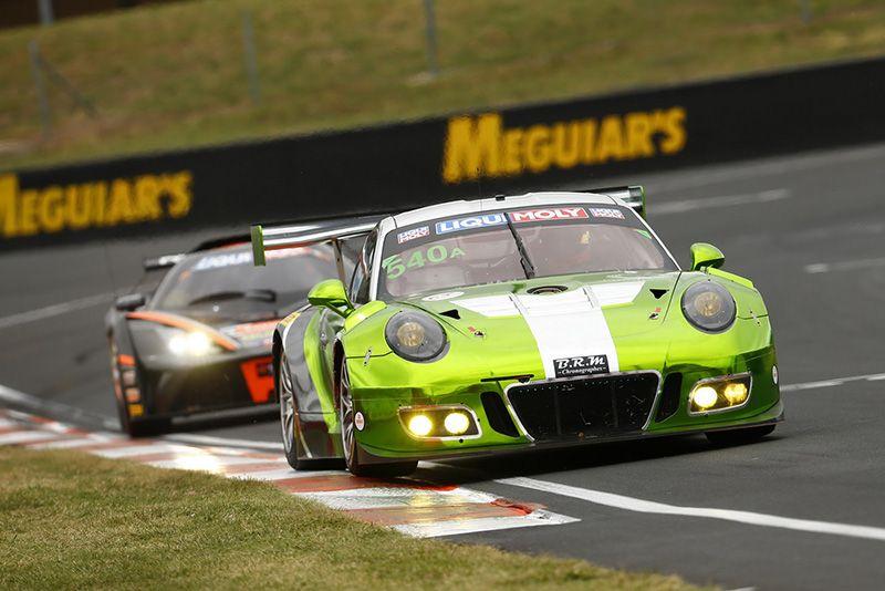Четыре Porsche 911 GT3 R выступят в главной гонке сезона GT3