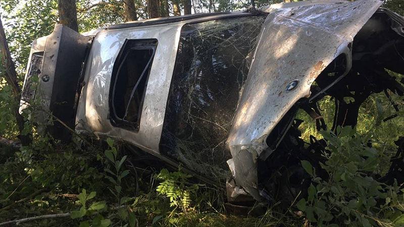 В Узденском районе BMW вылетел в кювет