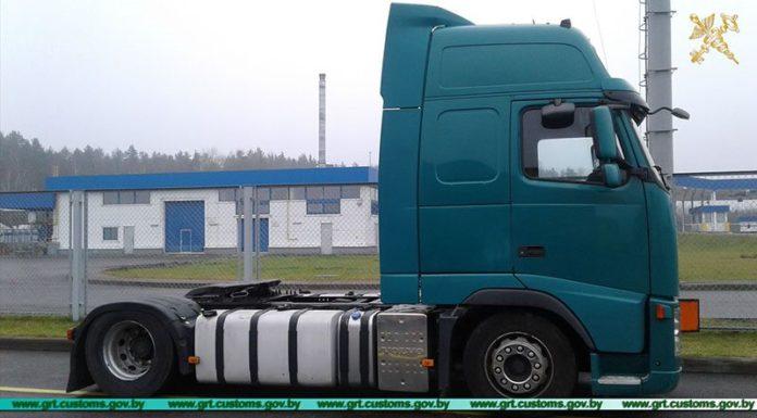 Гродненские таможенники выявили на границе автомобиль с видоизмененным идентификационным номером