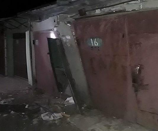 В столичном гараже произошел взрыв