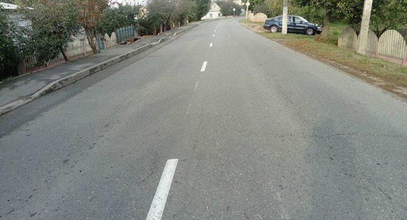ДТП в Орше: Mitsubishi вылетела на тротуар и сбила семью ребенком