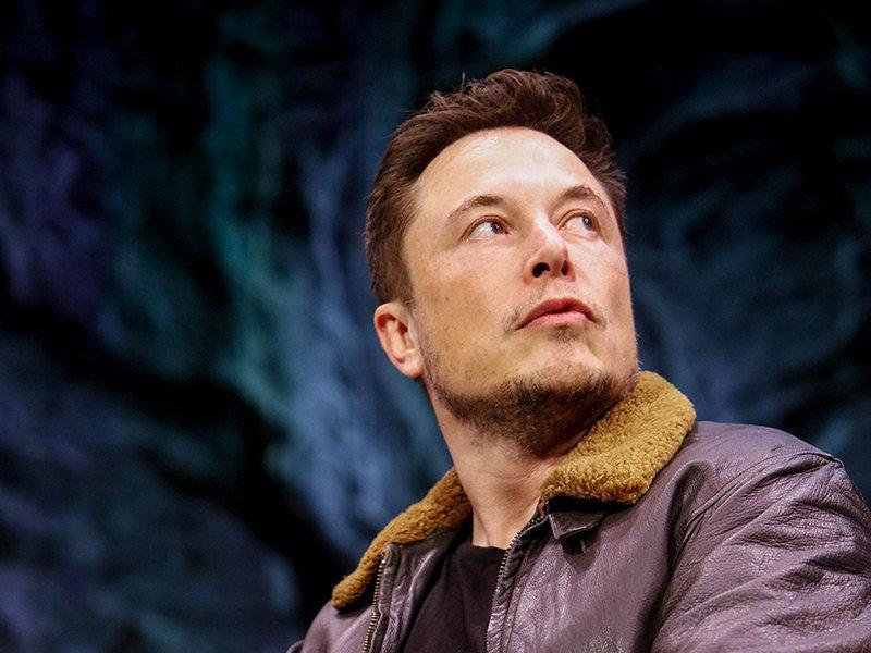 Гендиректор Tesla назвал сроки запуска роботакси
