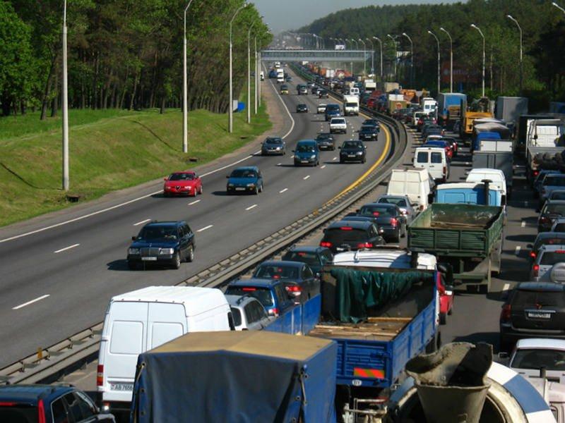 На дорогах Беларуси вводятся летние ограничения нагрузок