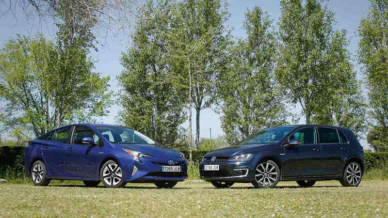 Сравнительный тест автомобилейToyota Prius и Volkswagen Golf GTE