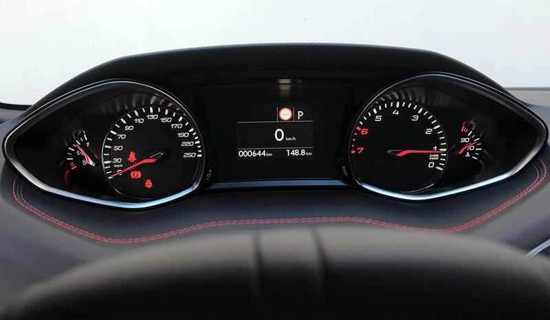 Сравнительный тест автомобилейFord Focus, Honda Civic и Peugeot 308