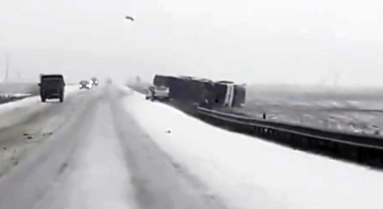 Снегопад спровоцировал несколько аварий на трассе Орша — Могилев
