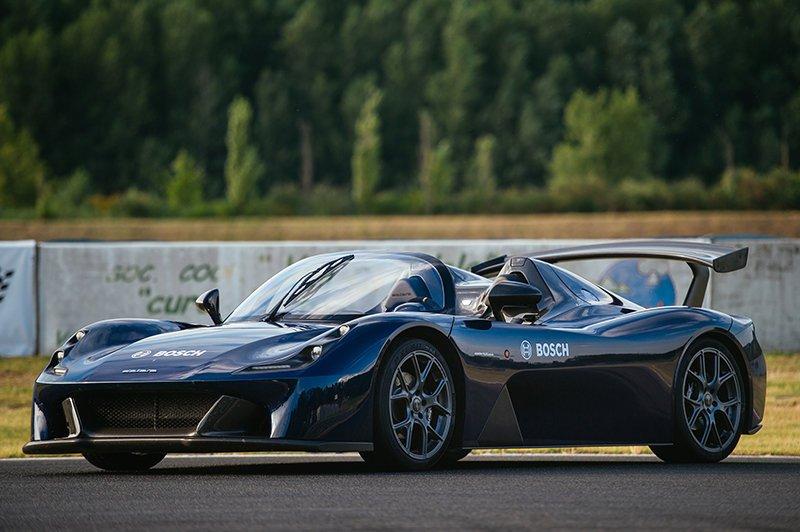 Bosch обеспечили Dallara Stradale современной технологией управления двигателем