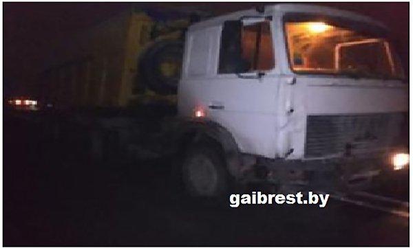 В Брестском районе столкнулись такси и МАЗ