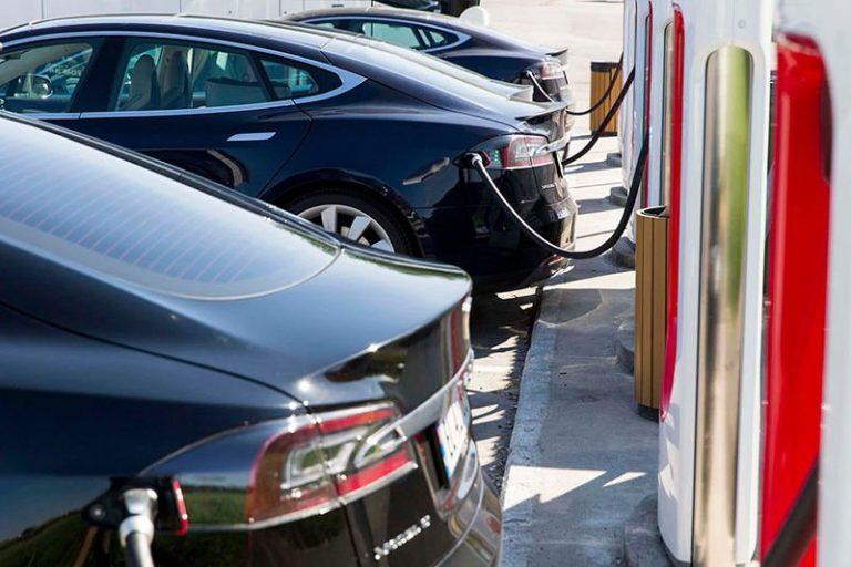 Китайцы прочат резкое удешевление электрокаров