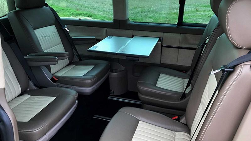 задние сиденья Volkswagen Multivan c двигателем от Porsche 911