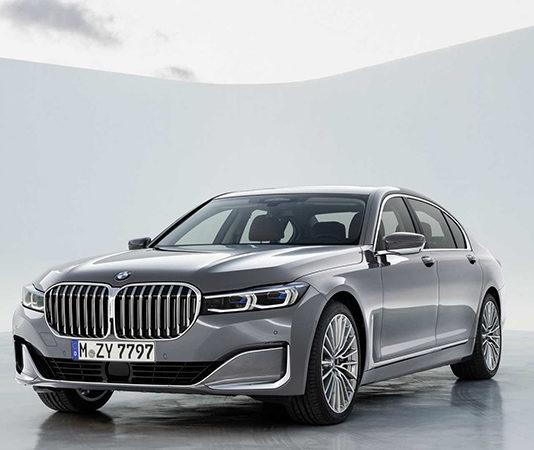Обновленная BMW 7-серии