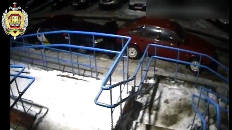 Житель Бобруйска порезал ножом колеса на 11 автомобилях