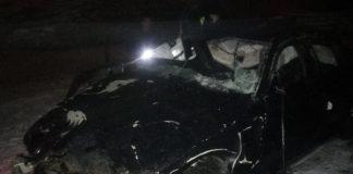 BMW вылетел в кювет и опрокинулся на трассе М-1