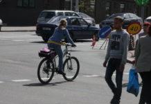 Движение мотоциклистов и велосипедистов