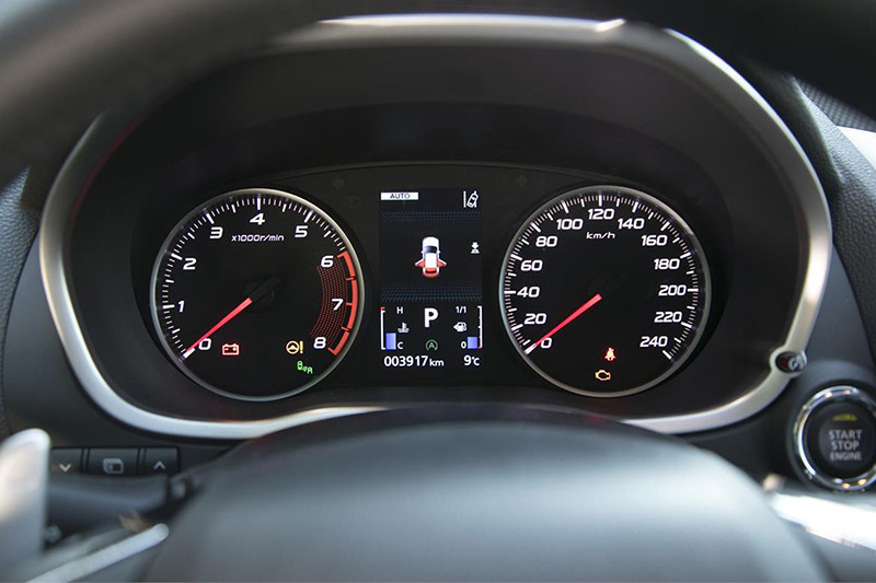Mitsubishi Eclipse Cross и Subaru XV