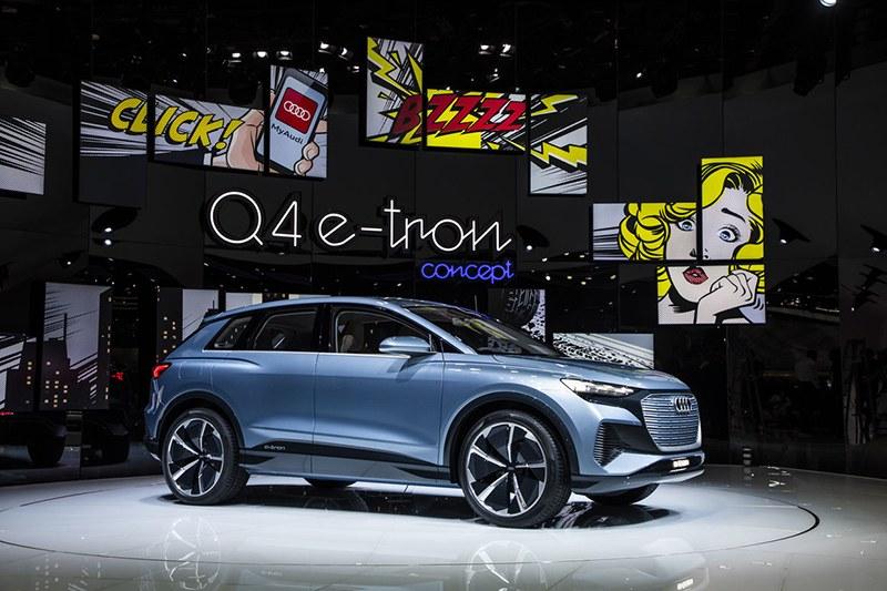 Кроссовер Audi Q4 е-tron на Женевский автосалон 2019: главные премьеры