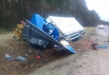Под Ивье грузовик вылетел в кювет: водитель погиб