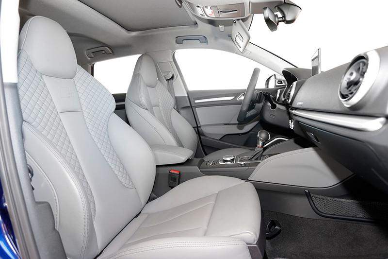Сравнительный тест автомобилейAudi S3 Sportback и BMW M140i