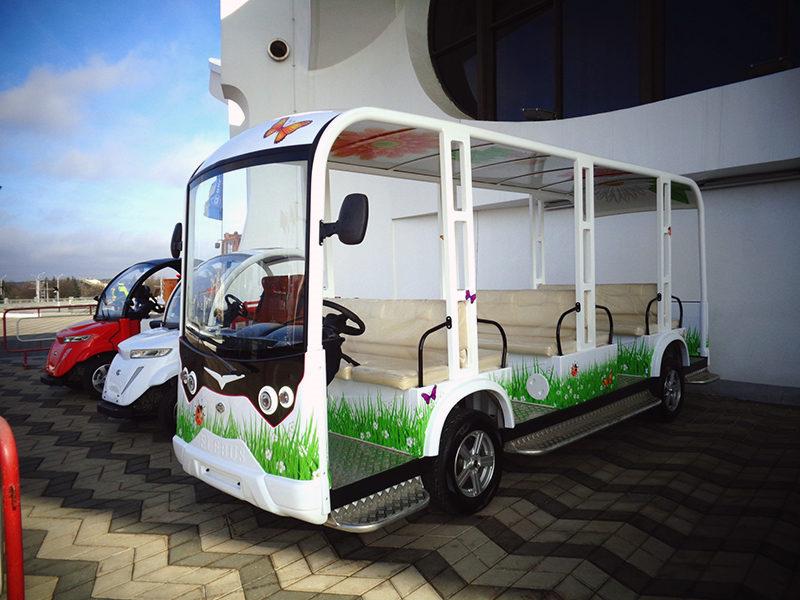 Электроавтобус ELEBUS-TIGARBO S 18 D на BUDEXPO-2019