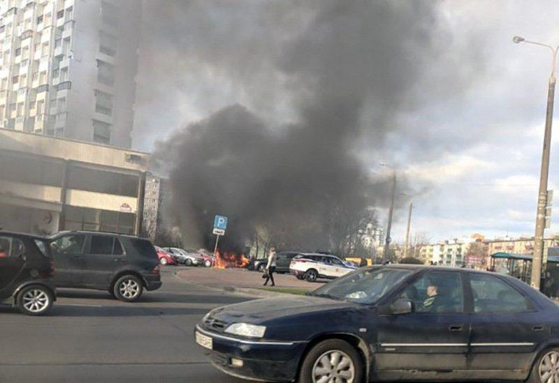 В Минске на Машерова горел автомобиль
