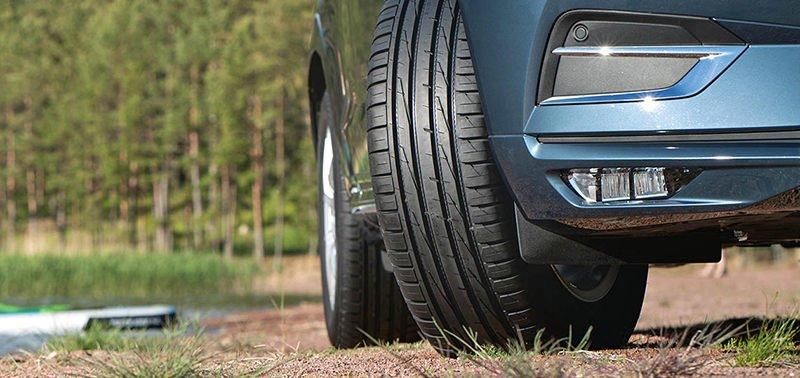 Какие шины выбрать, широкие или узкие?