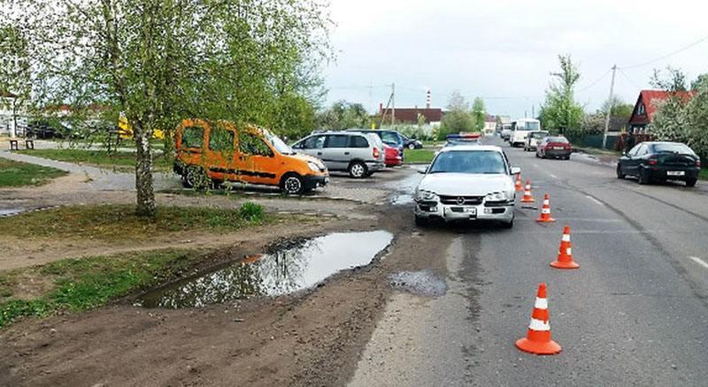 В Сморгони первоклассник выбежал на дорогу и попал в ДТП